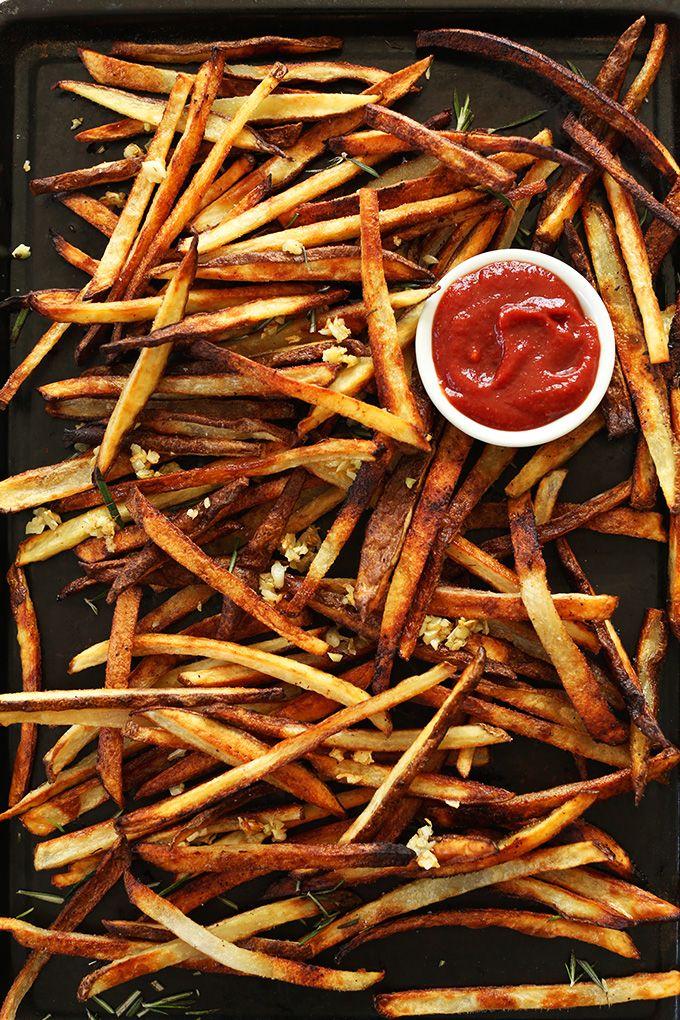 Crispy-Baked-Garlic-Matchstick-Fries
